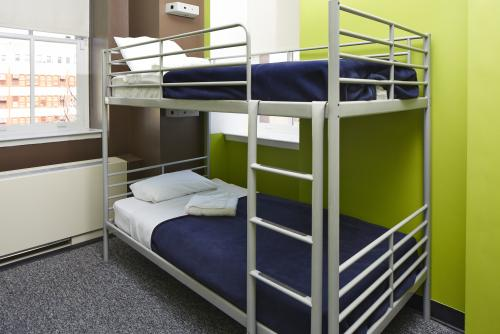 【HI New York City Hostel】Beds