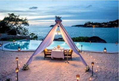 【The Shore at Katathani】Romantic Dinner Dining on the Sand