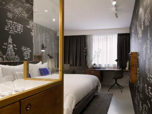 INK Hotel Amsterdam MGallery 客室一例(C)MIKI TRAVEL