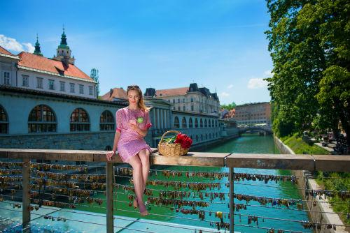リュブリャナ(www.slovenia.info, photo:Butchers Bridge in Ljubljana - #F000080)