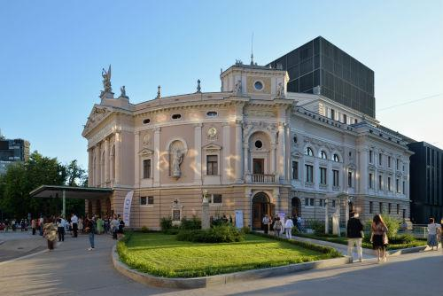 リュブリャナ(www.slovenia.info, photo:Ljubljana Opera House - #F010337)