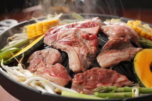 【北海道の食】北海道名物!ジンギスカン(イメージ)
