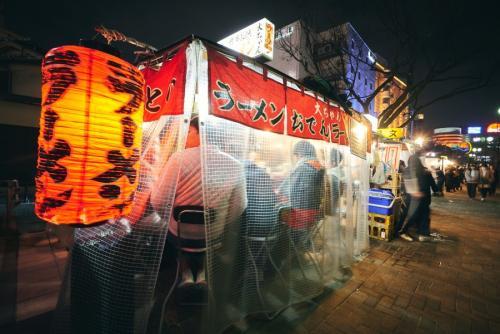 【博多】屋台 写真協力:福岡県観光連盟