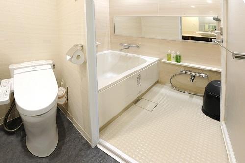 ホテルグレイスリー那覇「バスルーム(イメージ)」全室独立型バスルームを完備!/(C)ホテル提供