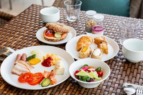【日和オーシャンリゾート沖縄】朝食(イメージ)/(C)ホテル提供